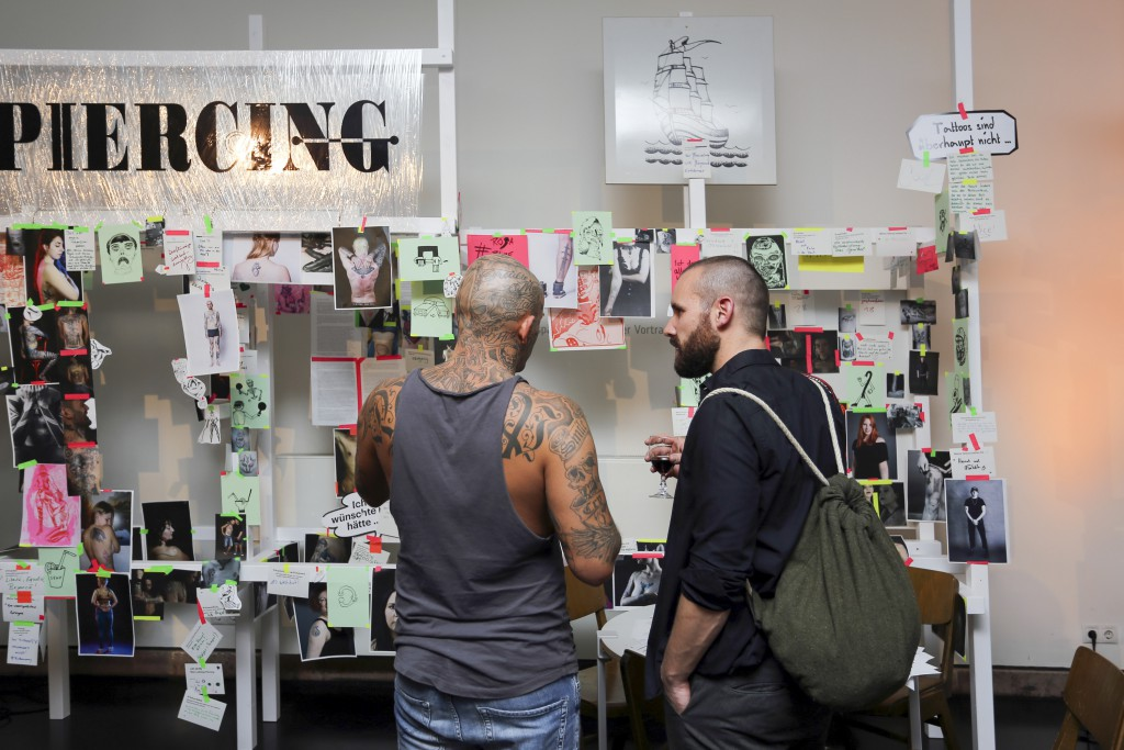 Nick-Putzmann-Grassi-Invites-Tattoo-Piercing-04
