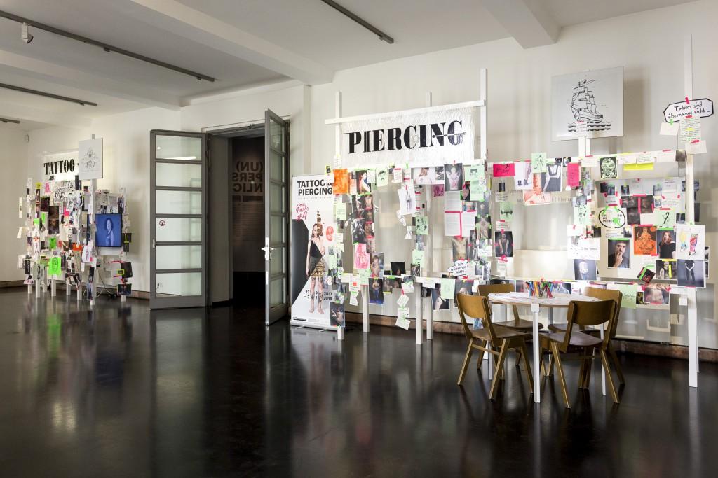 Nick-Putzmann-Grassi-Invites-Tattoo-Piercing-06